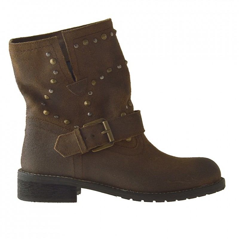 Woman ankle-boot with buckle and studs in brown nubuck leather and heel 2 - Available sizes: 32