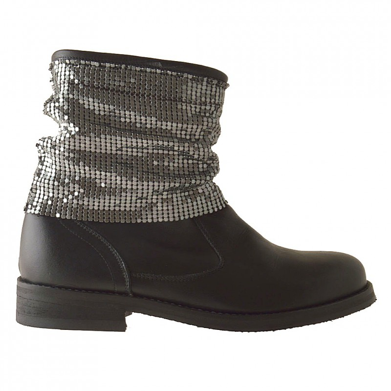 Woamn ankle-boot with metal mesh in black leather - Available sizes:  42
