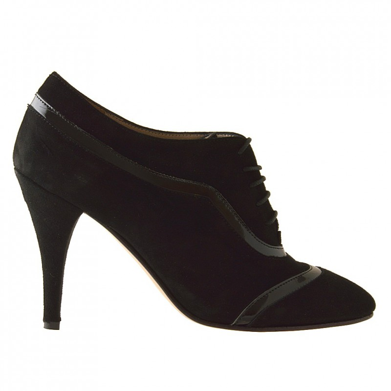 Woman's laced highfronted shoe in black suede and patent leather heel 9 - Available sizes:  42