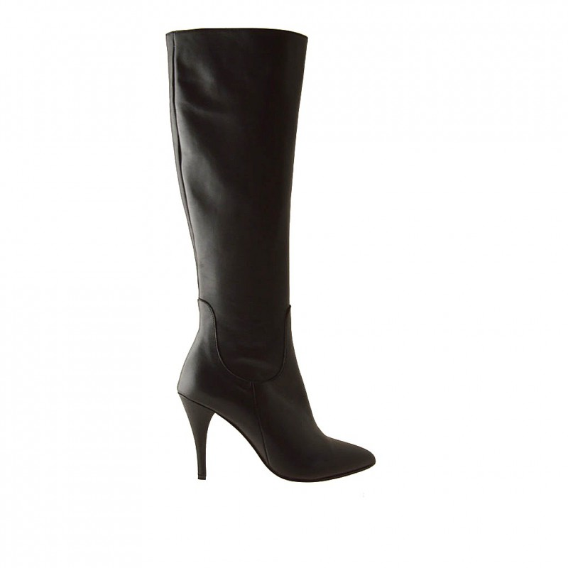 Woman boot with zipper in black leather and with heel 9 - Available sizes:  42