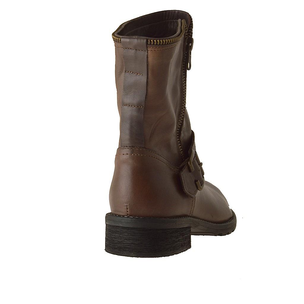 ... Femme bottines avec boucle et fermeture éclair en cuir marron et talon  2 - Pointures disponibles ... b0dad96716b4
