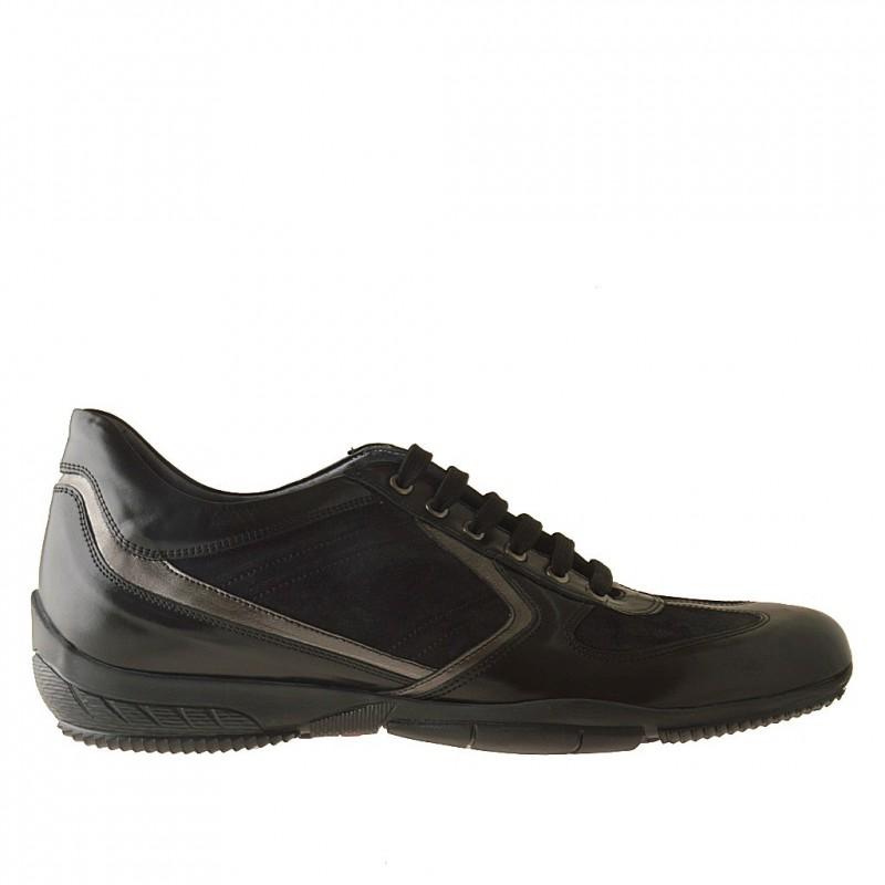 Zapato deportivo con cordones para hombre en piel y gamuza de color negro y piel de color gris metalizado - Tallas disponibles:  47