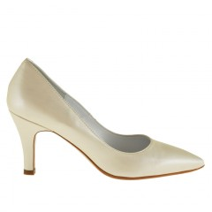 Woman pump in pearled ivory leather with heel 7 - Available sizes:  32, 44, 45, 46