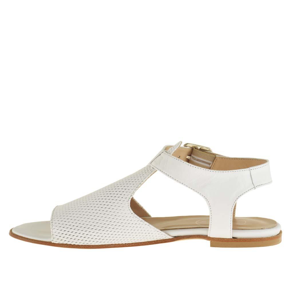 femme sandale avec courroie en cuir blanc et talon 0 5 ghigocalzature. Black Bedroom Furniture Sets. Home Design Ideas