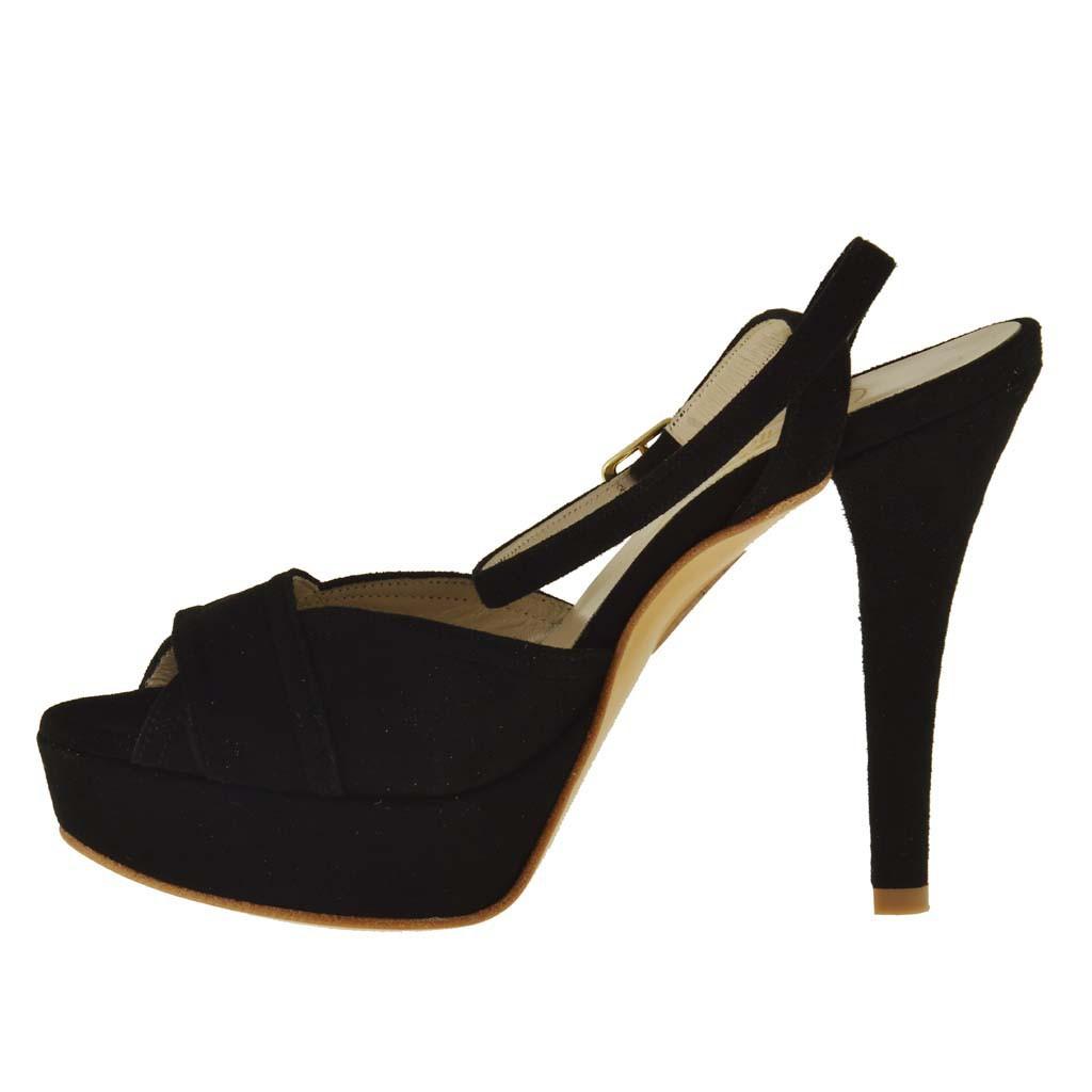 femme plateforme sandale avec courroie a la cheville en daim noir ghigocalzature. Black Bedroom Furniture Sets. Home Design Ideas
