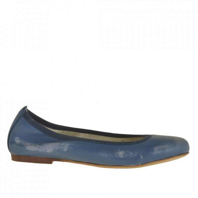 Woman ballerina shoe in vintage blue leather without lining - Available sizes:  32