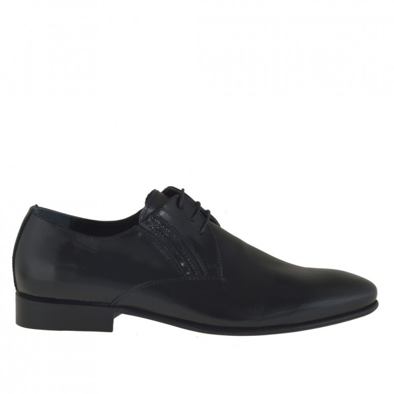 Men's elegant laced derby shoe in black stripe-printed patent leather - Available sizes:  36
