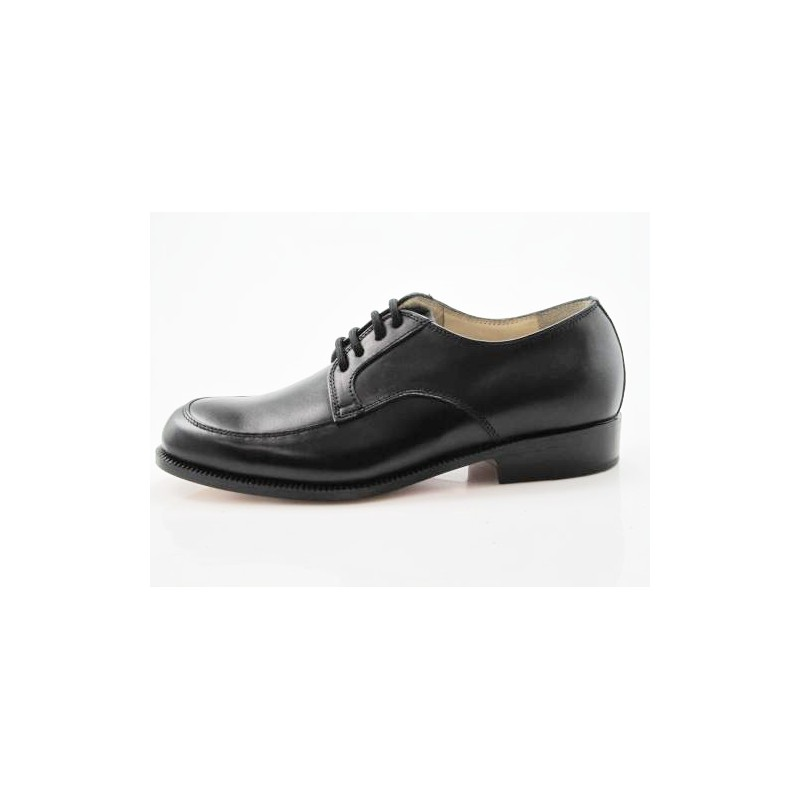 Laceup shoe in black leather - Available sizes: 36