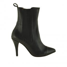 Stivaletto da donna con due elastici in pelle nera tacco 9 - Misure disponibili: 42