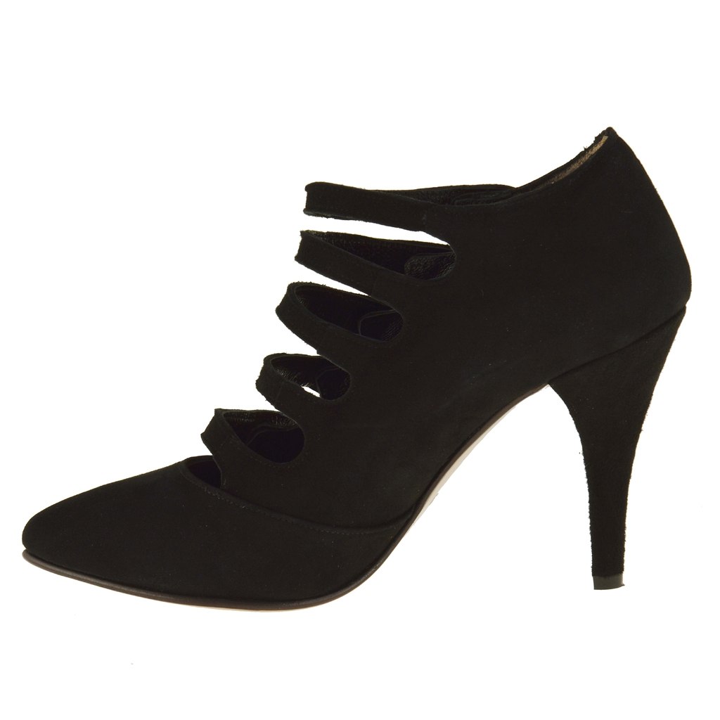 Closed Heel Shoes Small Sizes