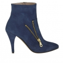 Ankle boot with zipper in blue suede heel 9