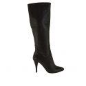 Woman boot with zipper in black leather and 9 cm heel