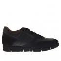 Chaussure sportif pour hommes avec lacets en cuir et daim noir