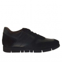 Men's casual shoe with laces in black leather and suede