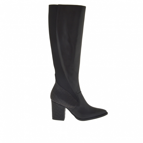 Woman's boot with zipper and elastic in black leather and black leather with crocodile printing with heel 7
