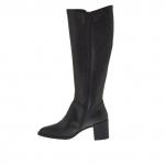 Femme bottes en cuir noir avec fermeture éclair et élastique et avec talon 5 cm.  - Pointures disponibles:  32