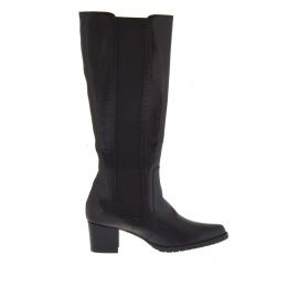 Stivale comfort con cerniera ed elastico in pelle colore nero - Misure disponibili: 42