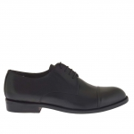 Men's elegant laced shoe with captoe in black leather