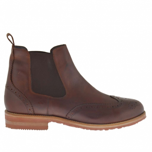 Men's elegant ankle boot with zippers and Brogue decorations in brown leather