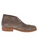 Men's sportive laced ankle shoe in dove grey suede