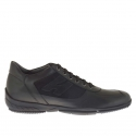 Homme sporif chaussure avec lacets en daim et cuir noir