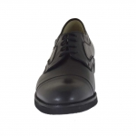 Closed shoe with laces in black leather - Available sizes:  36, 48, 49, 51