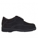 Laced shoe in black nabuk leather