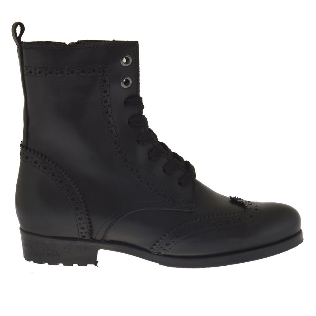 bottines pour femmes avec fermeture clair et lacets en cuir noir avec talon 3 ghigocalzature. Black Bedroom Furniture Sets. Home Design Ideas