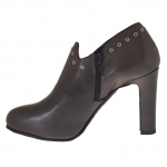 Woman anklehigh pump with platform, studs and buckle in grey leather heel 9 - Available sizes:  42, 43