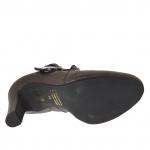 Chaussure avec plateforme, goujons et boucle en cuir gris talon 9 - Pointures disponibles:  43