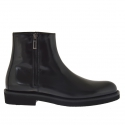 Men's ankle-high shoe with zipper in black leather