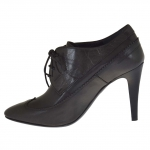 Woman's elegant oxford shoe in dark grey leather with heel 9