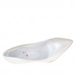 Escarpin en cuir ivoire perlé talon 10 - Pointures disponibles:  32