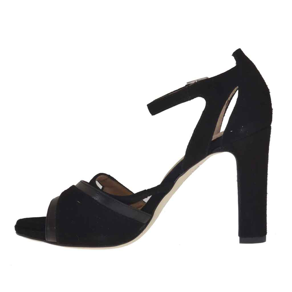 s open shoe with in black suede and leather