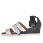 Woman's open shoe in black leather and silver lamé wedge heel 4