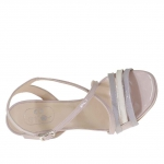 Woman's sandal with criss cross strap and platform in pink, grey and ivory patent leather heel 9