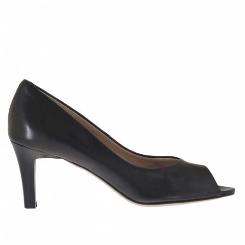 Woman's open toe pump in black leather heel 7