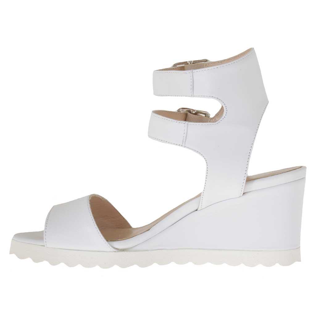 sandale pour femmes avec double courroie en cuir blanc talon compens 5 ghigocalzature. Black Bedroom Furniture Sets. Home Design Ideas