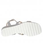 Sandale pour femmes avec boutons en cuir gris tourterelle talon compensé 3 - Pointures disponibles:  42