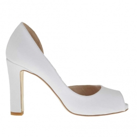 Woman's open toe pumps with sidecut and inner wedge in white leather heel 9