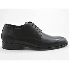 Scarpa derby stringata elegante da uomo in pelle liscia colore nero - Misure disponibili: 36, 50