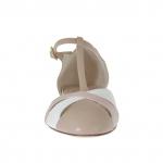 Escarpin ouvert avec courroie en T en cuir rose poudre et beige et cuir verni blanc - Pointures disponibles:  31