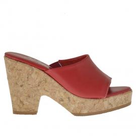 Sabot da donna aperto con elastico in pelle rossa con plateau e tacco in sughero 9 - Misure disponibili: 42