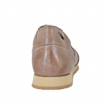 Men's laced sports shoe in tan-coloured vintage leather