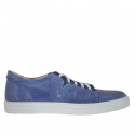 Men's laced sports shoe in blue vintage leather and fabric