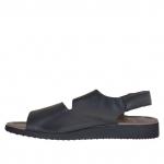 Sandalo da uomo con due fasce e velcro in pelle nera  - Misure disponibili: 46, 47, 48
