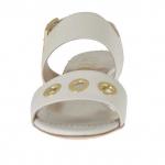 Sandale pour femmes avec goujons percé or en cuir blanc talon 3 - Pointures disponibles:  31