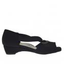 Escarpin ouvert pour femmes avec elastique et cercle métallique en tissu noir talon compensé 3