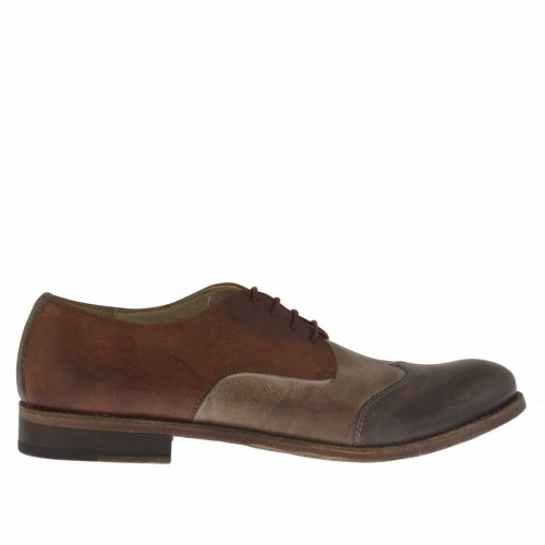 Woman's laced shoe in brown, taupe and tan-coloured leather heel 2