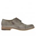 Chaussure élégant pour hommes avec lacets et bout droit en cuir gris tourterelle